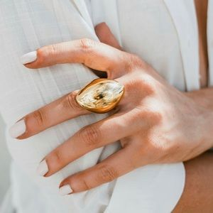 Jewelry - Chunky and Bold Statement ring